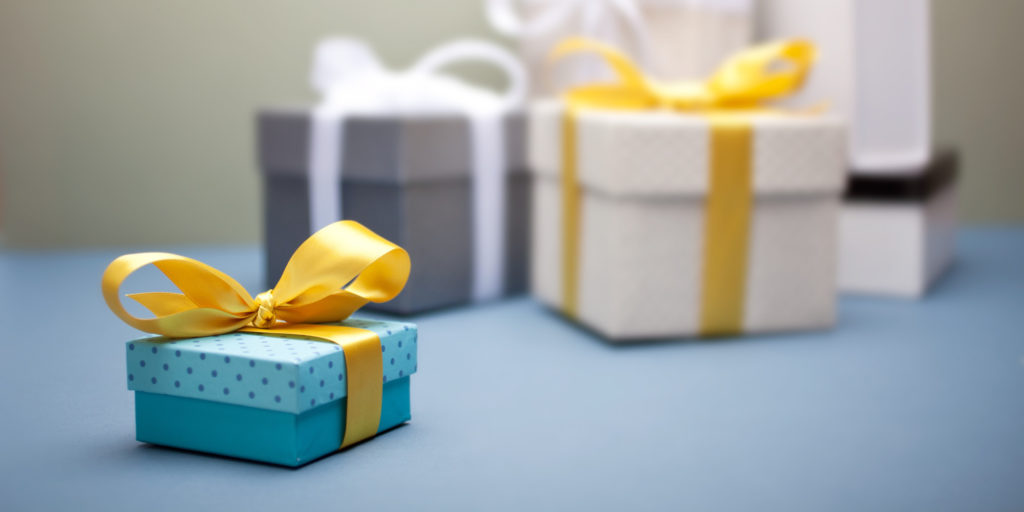 Get The Best Gift Through Online Gift Websites In India