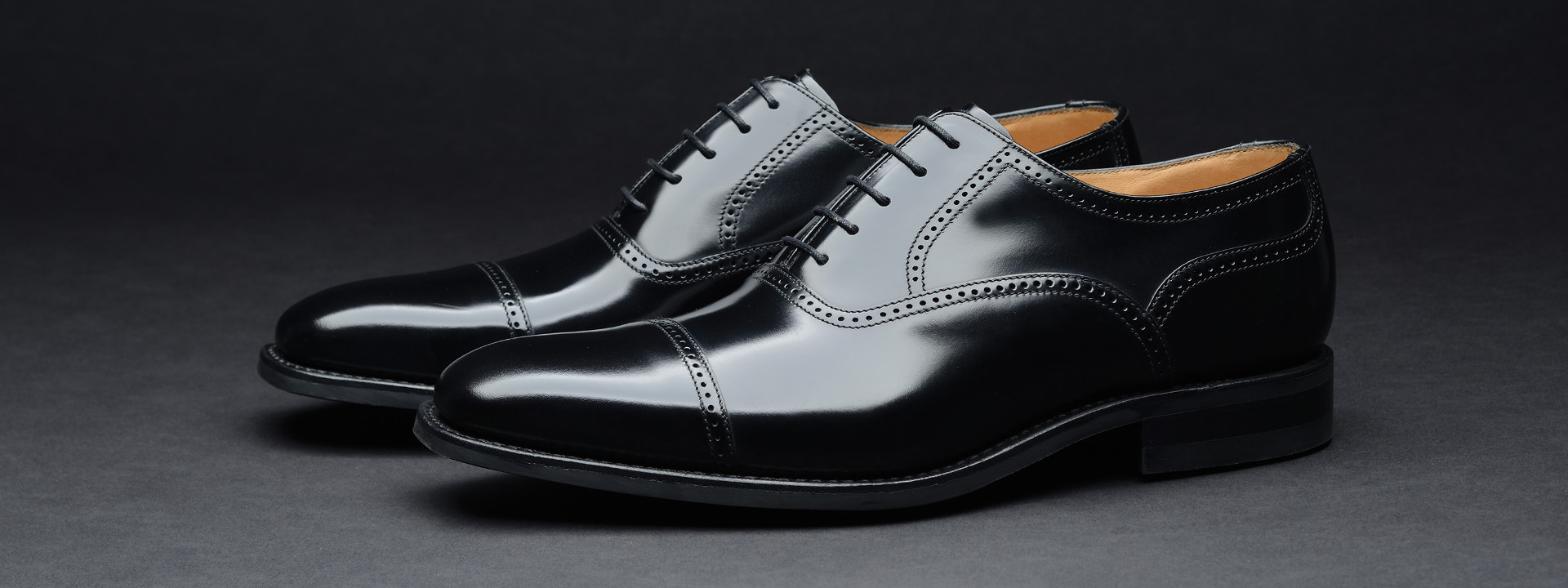 Give A treat To Your Feet With The Help of Scentra Shoes!!